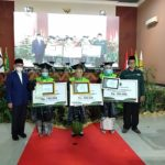 ISNU Kab. Pasuruan Beri Penghargaan Para Wisudawan Terbaik STAI Salahuddin